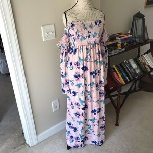 Pink blush maxi dress. Medium maternity.